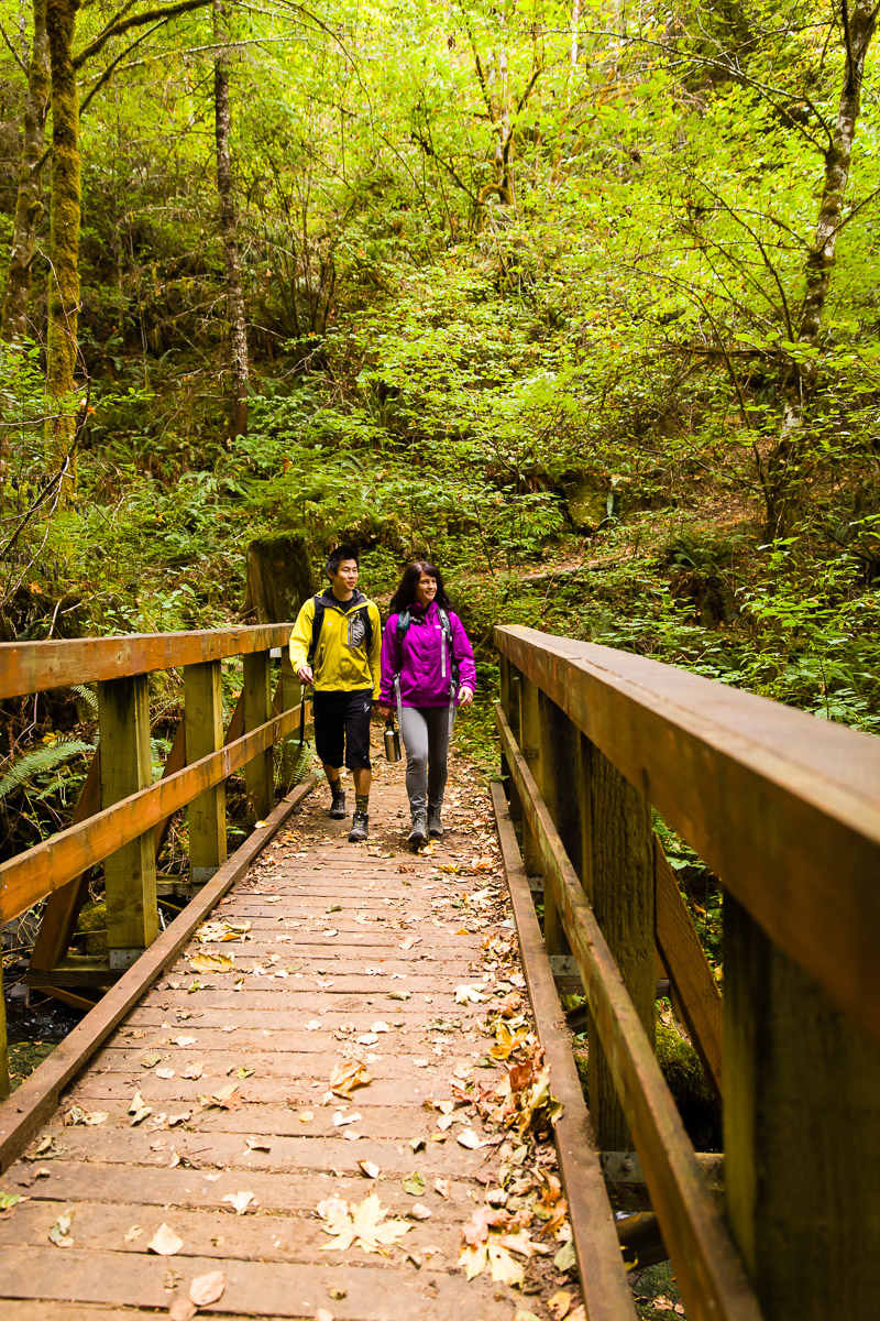 Hikers, Molalla River Recreation Area