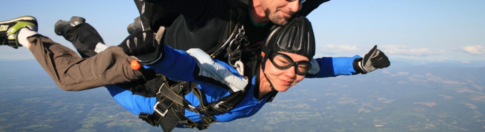 Skydiving, tandem