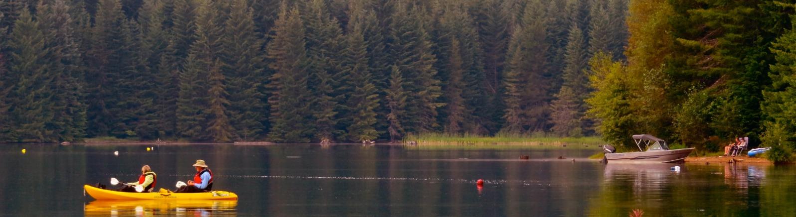 Timothy Lake, Kayakers