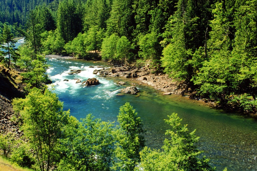 West Cascades Scenic Byway Clackamas River