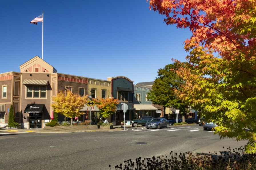 Historic West Linn Willamette District Main Street fall color