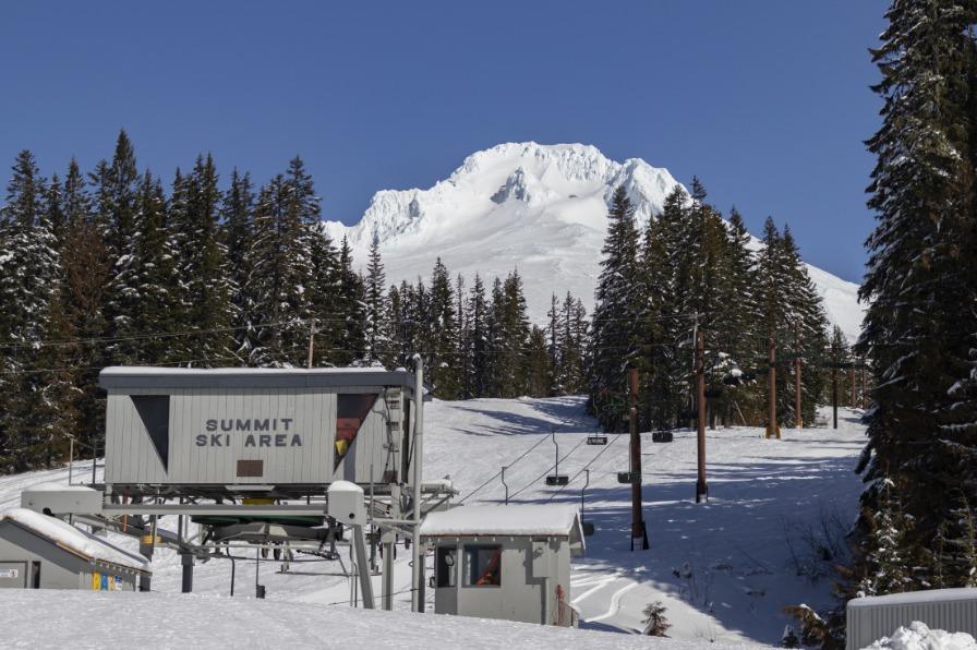 Summit Ski area at Mt. Hood