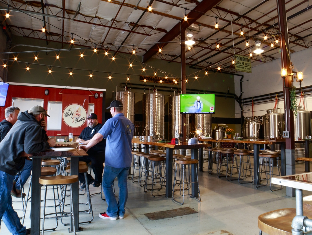 The HiVe Tap House tasting room