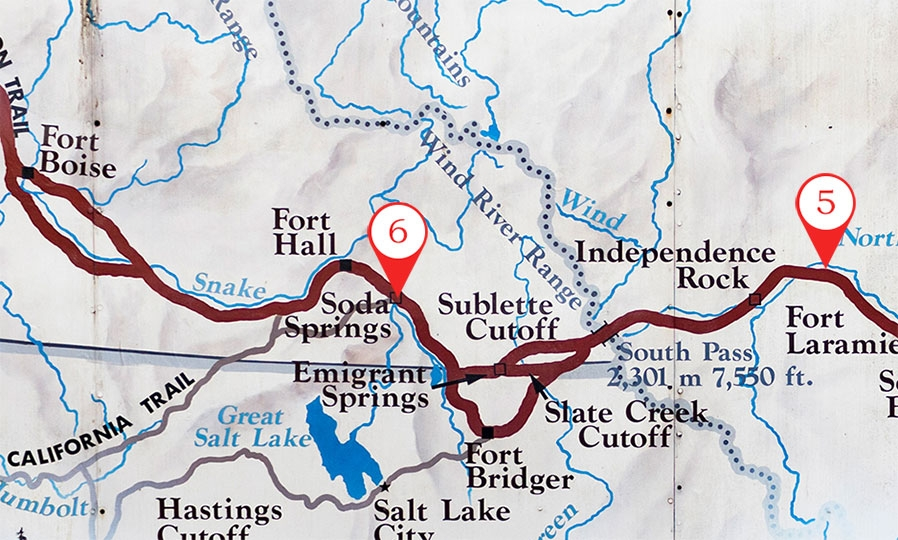 Map with Fort Boise, Soda Springs and Fort Laramie called out along The Oregon Trail